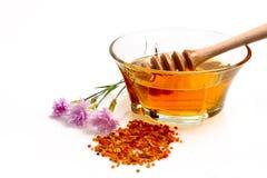 Honig, wilde Blumen und Blütenstaubkörner stockbilder