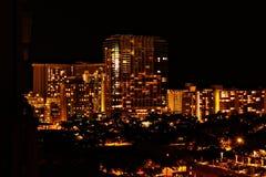 Honilulu τη νύχτα Στοκ Φωτογραφίες
