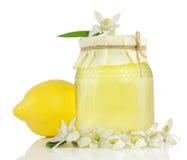 Honing, citroen, citroenbloem. Stock Foto