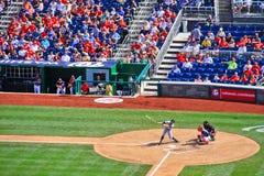 Honkbal - de Schommeling en de Missers van het Beslag Stock Foto
