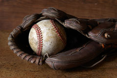 Honkbal en Handschoen Stock Foto