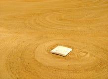 Honkbalbasis in Infield van een Honkbalveld Stock Fotografie