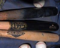 Honkbalknuppels en Baseballs Stock Afbeelding