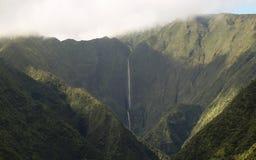 Honokohau看法下跌,毛伊` s最高的瀑布,夏威夷 库存照片