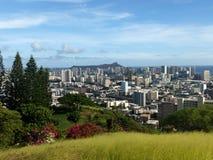 Honolulu-Aussicht desde ELnationaler Erinnerungskirchhof des Pazifiks lizenzfreies stockbild