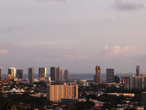 Honolulu Cityscape at Dusk Royalty Free Stock Photos