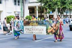 Honolulu, Hawaii, USA - 30. Mai 2016: Parade Waikiki Memorial Day Lizenzfreie Stockfotografie