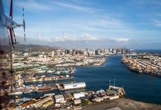 Honolulu pelo helicóptero Imagem de Stock