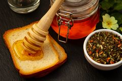 Honung och skorpa arkivbild
