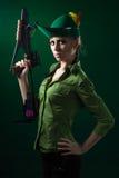 Hood-Artfrau mit Crossbow Stockbilder