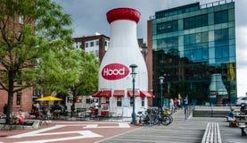 Hood Milk Bottle - Boston, mA Images libres de droits