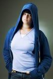 hooded omslag för flicka Royaltyfria Foton