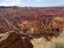 Hoodoos Юты каньона Bryce пункта воодушевленности Стоковая Фотография