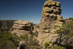 Hoodoos en pierre au monument national de Chiricahua Photos stock