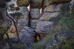 Hoodoos lub skała filary przy Chiricahua Krajowym zabytkiem obrazy stock