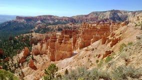 Hoodoos przy Bryka jaru parkiem narodowym w Utah Fotografia Stock