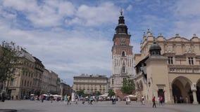 Hoofd de Marktvierkant van Krakau bij zomer stock footage