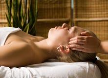 Hoofd massage royalty-vrije stock fotografie