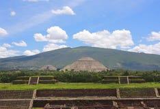 Hoofd piramides Stock Foto's