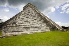 Hoofd tempel in Chichen Itza stock fotografie