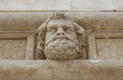 Hoofd van een mens - beeldhouwwerk van de Kathedraal Sibenik Royalty-vrije Stock Fotografie
