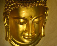 Hoofd van gouden Boedha in Wat Khao Wong, Saraburi-Thaise Provincie, stock foto's