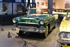 Hoofdartikel: Gurgaon, Haryana, India: 09 april, 2016: Het glanzende model van Chevrolet Bel Air Convertible 1962 in Museum Royalty-vrije Stock Afbeeldingen