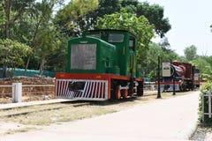 Hoofdartikel: 16 Mei 2015: New Delhi, India, Nationaal Spoormuseum: Het spoormotoren & cabines van museumgastheren van rijke gesc Stock Fotografie