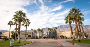 Hoofdingang van het Museum van de Palm Springslucht stock foto