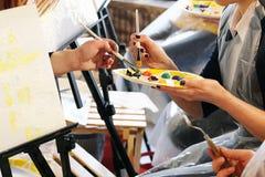 Hoofdklasse bij het schilderen Stock Afbeelding