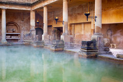 Hoofdpool in Roman Baths in Bad, het UK Stock Fotografie