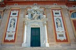 Hoofdportaal van Basiliekdi Santa Maria Assunta (1522), Genua, het Stock Afbeeldingen