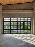 Hoofdslaapkamer met zolderstijl stock fotografie