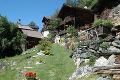 Hoofdstraat in Zwitsers Dorp in d'Anniviers Val Royalty-vrije Stock Foto