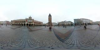 Hoofdvierkant in het centrum van de oude stad bij dagtijd Royalty-vrije Stock Afbeeldingen