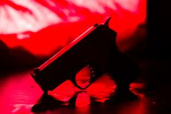 Hoog contrastbeeld van een bloedige misdaadscène royalty-vrije stock afbeelding