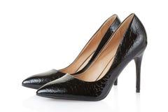 Hoog de schoenenpaar van de hiel zwart krokodil Royalty-vrije Stock Afbeeldingen