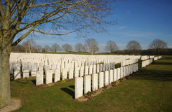 Hooge火山口公墓,伊珀尔,比利时 免版税图库摄影