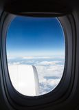 Hoogste mening over de blauwe hemel en de wolken Stock Foto's
