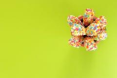 Brood met zoete kleurrijke chocolade Royalty-vrije Stock Afbeeldingen