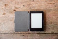 Hoogste mening van een bureau met exemplaarruimte en laptop Royalty-vrije Stock Foto