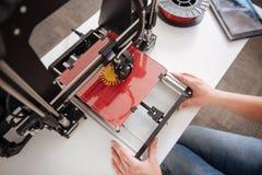 Hoogste mening van een 3d printer die in gebruik zijn Stock Afbeeldingen