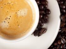 Hoogste mening van een kop van donkere geroosterde koffie Royalty-vrije Stock Foto