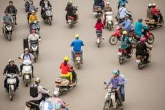 Hoogste mening van mensen en verkeer in Hanoi Royalty-vrije Stock Foto