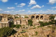 Hoogste mening van Roman Forum rome stock afbeeldingen