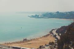 Hoogste mening van strand en stad Royalty-vrije Stock Fotografie