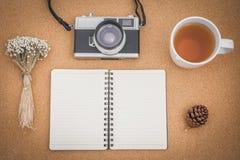 Hoogste mening van werkruimte hipster stijl met retro effect Royalty-vrije Stock Foto's