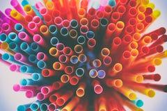 hoogste meningsbeeld van kleurrijk stro samenvatting of partijconcept Stock Fotografie