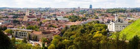Hoogste meningspanorama van de oude stad van Vilnius Stock Afbeelding