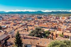 Hoogste satellietbeeld op Girona, Cataloni?, Spanje Toneel en kleurrijke oude stad De beroemde bestemming van de toeristentoevluc stock foto's